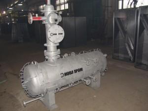 Сепаратор газовый центробежный из стали 12Х18Н10Т с емкостью сбора конденсата